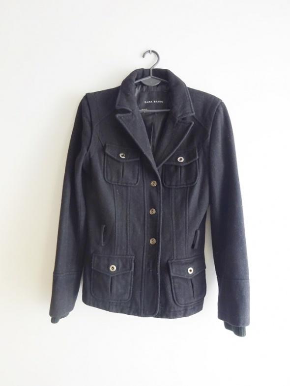 ZARA przejściowy jesienny czarny krótki płaszcz 36 S