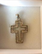 Piękny srebrny krzyż 925...