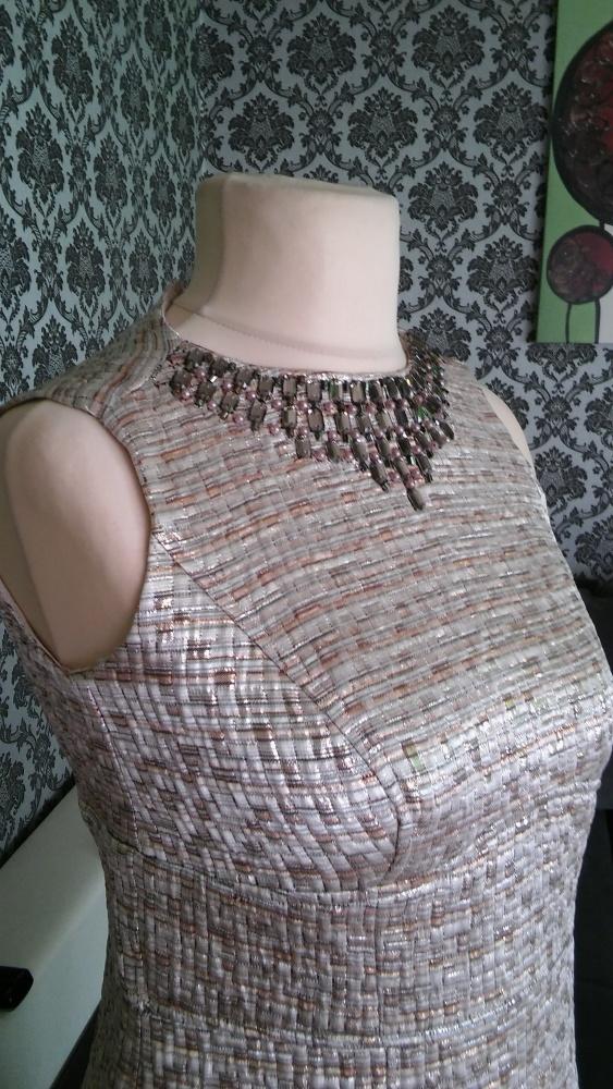 Koktajlowa sukienka ołówkowa 10 12