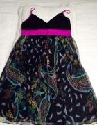 sukienka z miętego jedwabiu...