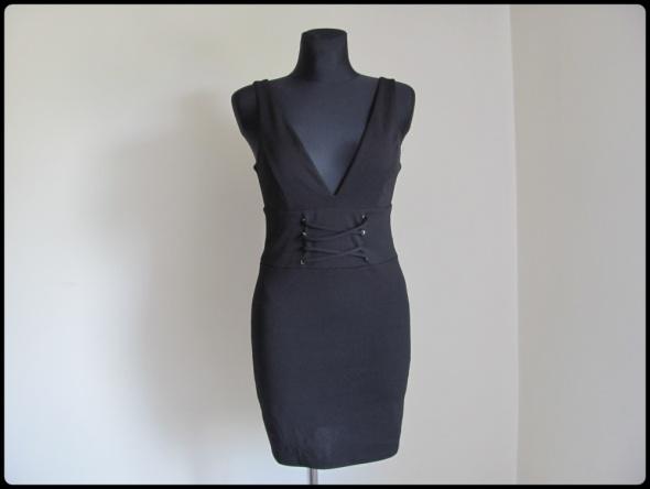 New Look czarna krótka sukienka 38 M...