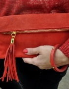 czerwona torebka ze skóry frędzle...