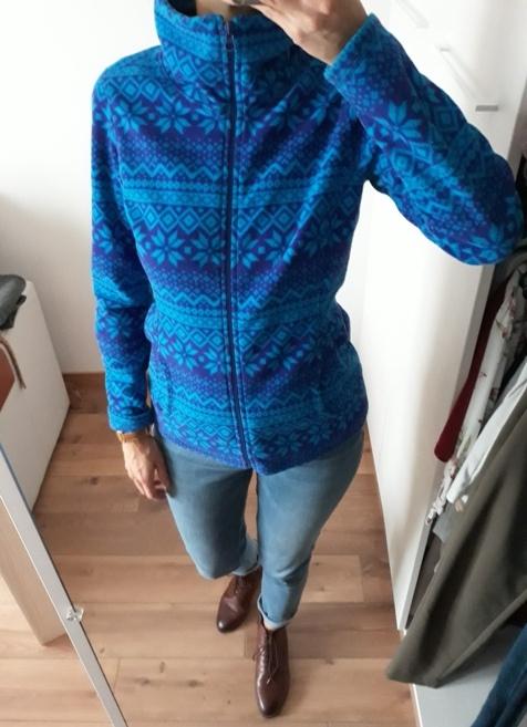 Old Navy bluza polarowa polar stójka niebieski norweskie wzory kobalt 36
