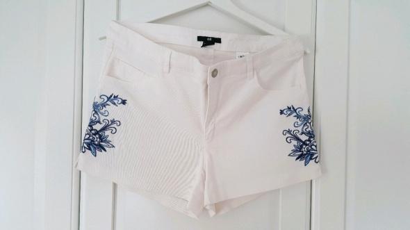 Białe szorty boho haft kwiaty jeans hm summer...