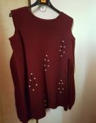 Bordowy sweterek z dziurami