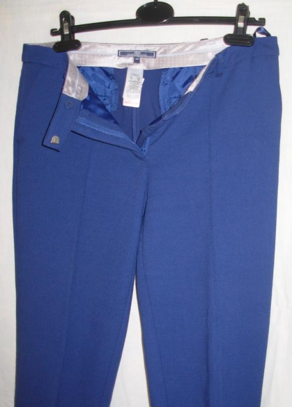 Granatowe spodnie NEXT 38...