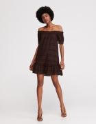 Sukienka z haftem Reserved hiszpanka rozmiar XS...