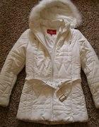 biała kurtka na zimę M lub L