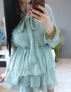 Piękna miętowa sukienka wiązana pod szyją rozkloszowana s m l