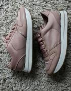 adidasy różowe pudrowe wysokie buty sportowe