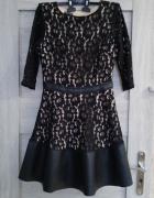 Sukienka z koronka...