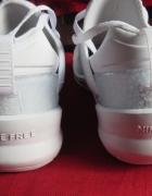 Buty fitness treningowe Nike Free Metcon 2 M biale 43