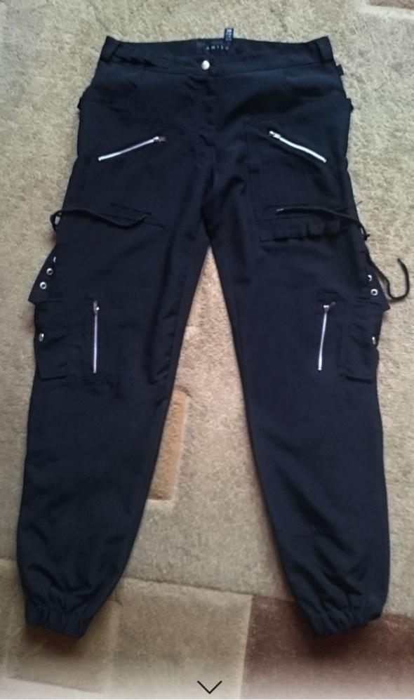 Spodnie bojówki Amisu NEW YORKER r38 czarne