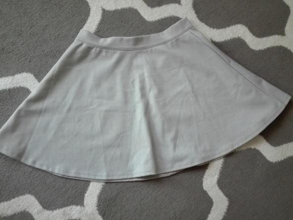 Spódnice Rozkloszowana szara spódnica