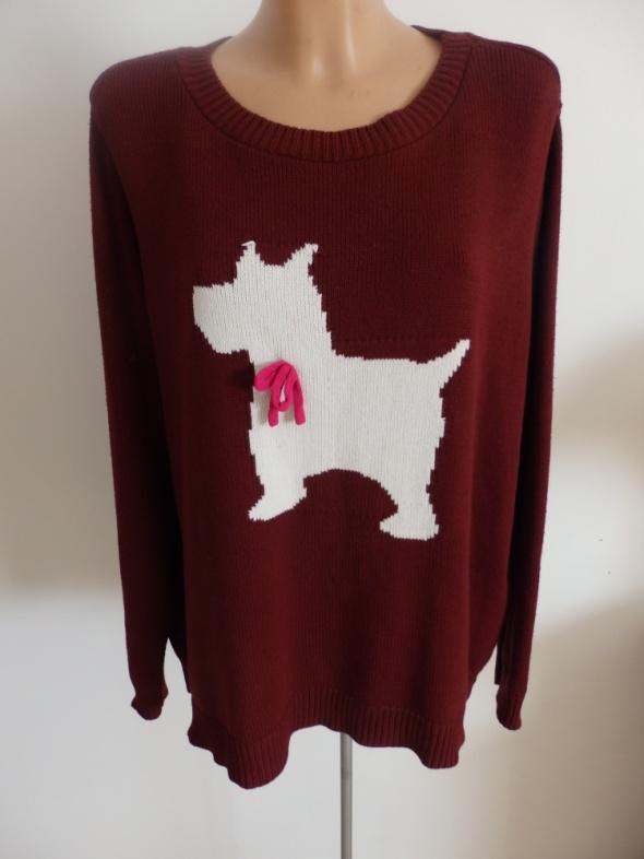 sweterek z piskiem