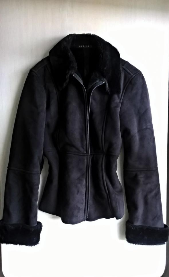 Czarny ciepły kożuszek M L