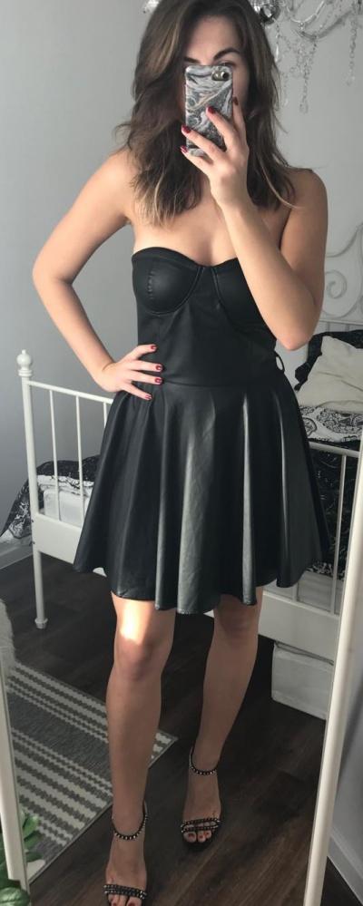 Gorsetowa skórzana sukienka mini rozkloszowana czarna M 38 suiteblanco