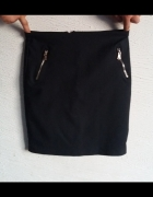 czarna spódnica M...
