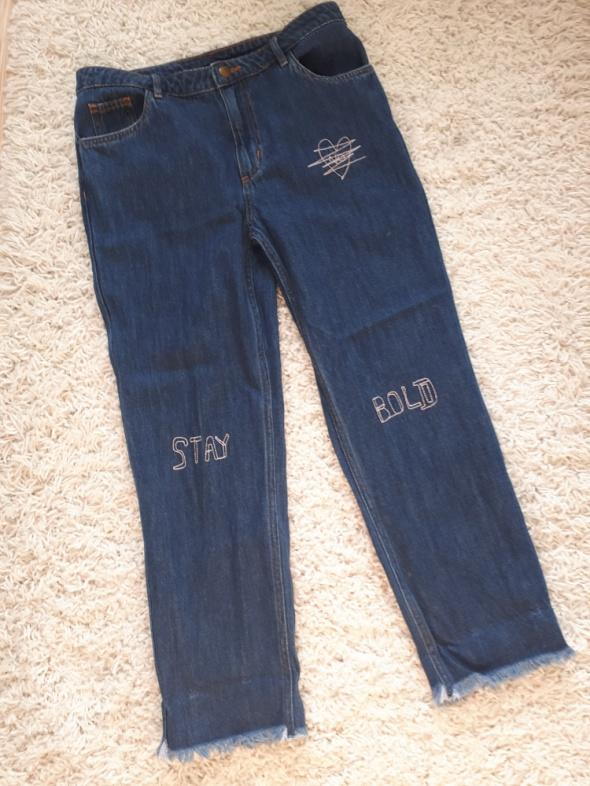 Spodnie spodnie jeansy boyfriend 38