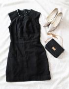 Czarna sukienka ołówkowa Mango...