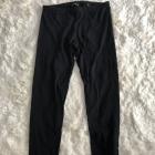 Czarne legginsy Terranova
