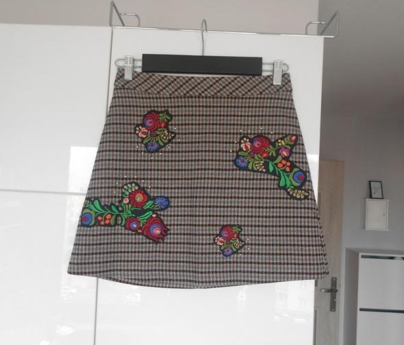 Spódnice Zara nowa spódniczka hafty kratka retro
