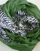 szal zielono szarawy...