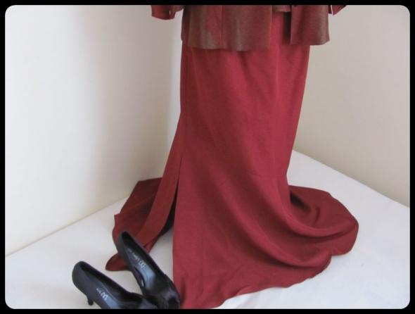 Spódnice spódnica od kompletu rozmiar L stan bdb