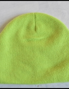 Limonkowa wyrazista czapka H&M...