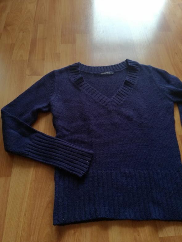 Granatowy ciepły sweter TERRANOVA S...