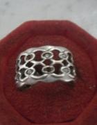 Ciekawy srebrny ażurowy pierścionek szeroka obrączka...