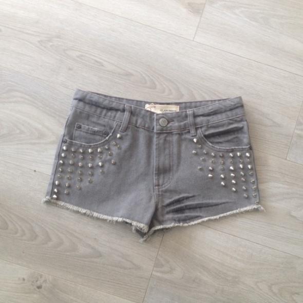szorty dżinsowe ćwieki szare