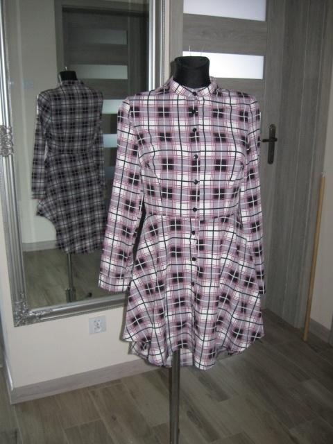 sukienka rozkloszowana koszulowa kratka
