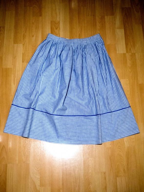 Spódnice Spódnica w paski
