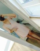 nowa zakładana sukienka beż pudrowy róż...