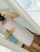 Nowa pudrowa sukienka a la zamsz frędzle...