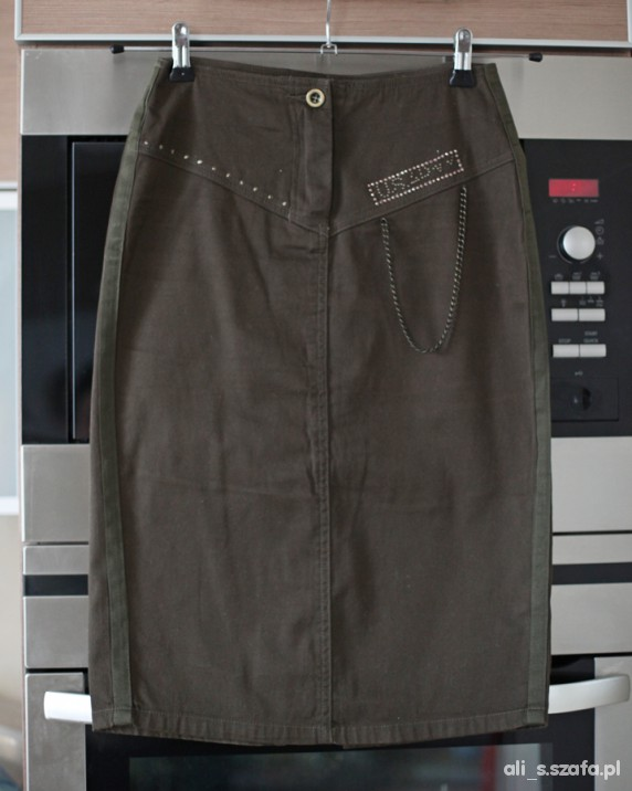 Spódnice ołówkowa militarna Terranova XS
