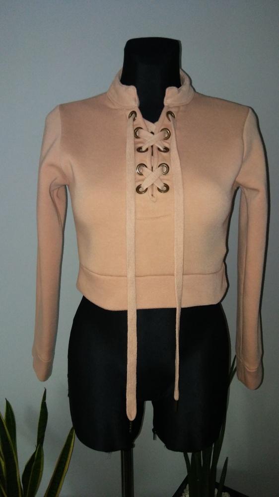 Bluza krótka sznurowana