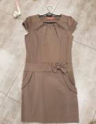 Beżowa elegancka sukienka