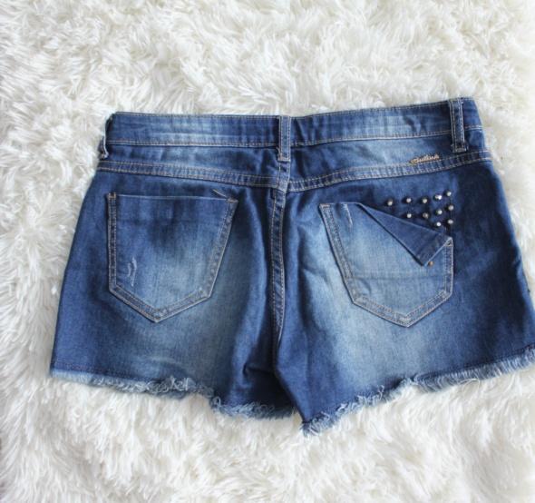Spodenki Krótkie spodenki szorty dżinsowe z ćwiekami i przetarciami rozmiar S 36