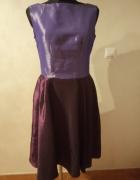 Sukienka fioletowa rozkloszowana