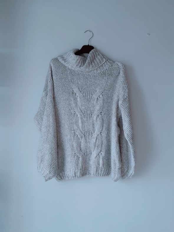 Idealny szary sweterek M