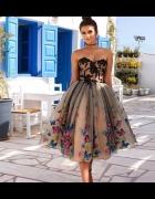 Zjawiskowa suknia tiul gorset motyle
