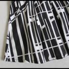 Spódnica AMISU 40 L rozkloszowana czarno biała