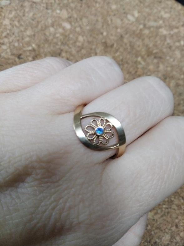 Stary pierścionek...