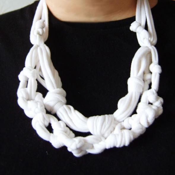 Handmade Biała plecionka na szyję biała ozdoba boho