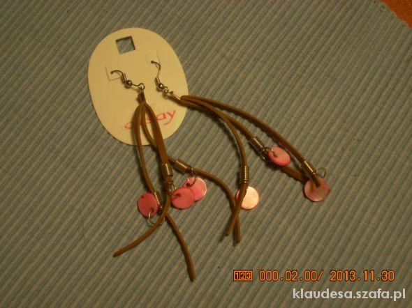 kolczyki rzemyki z różowymi wstawkami kółek...