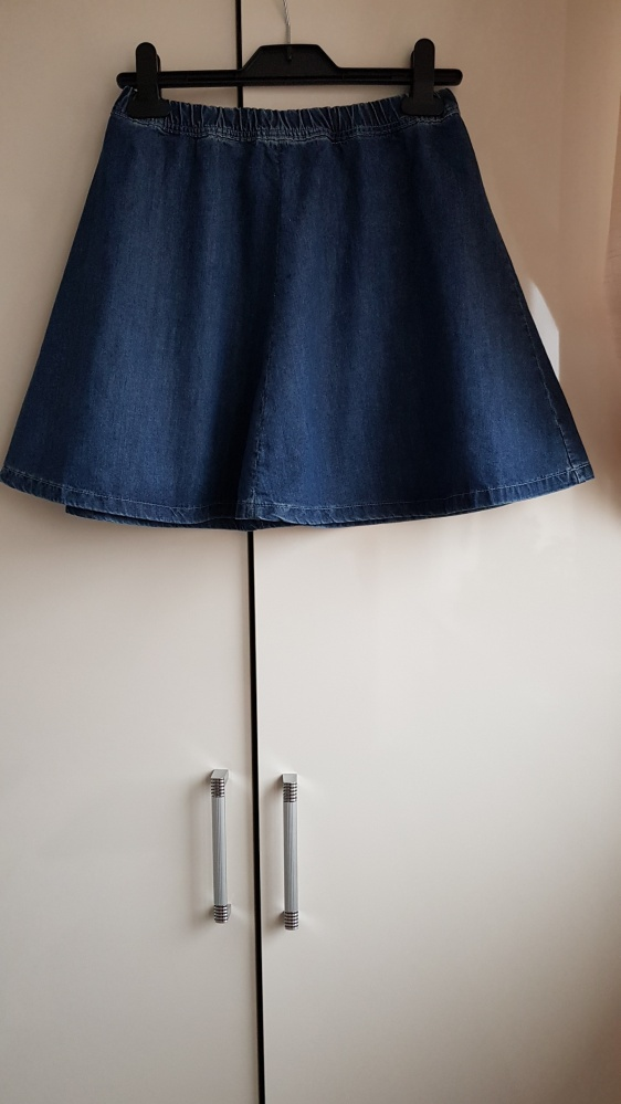 Spódnice Jeansowa spódniczka Bershka XS