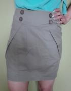 Spódniczka khaki z kieszonkami...