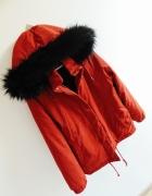 bordowa kurtka z liskiem parka bomberka